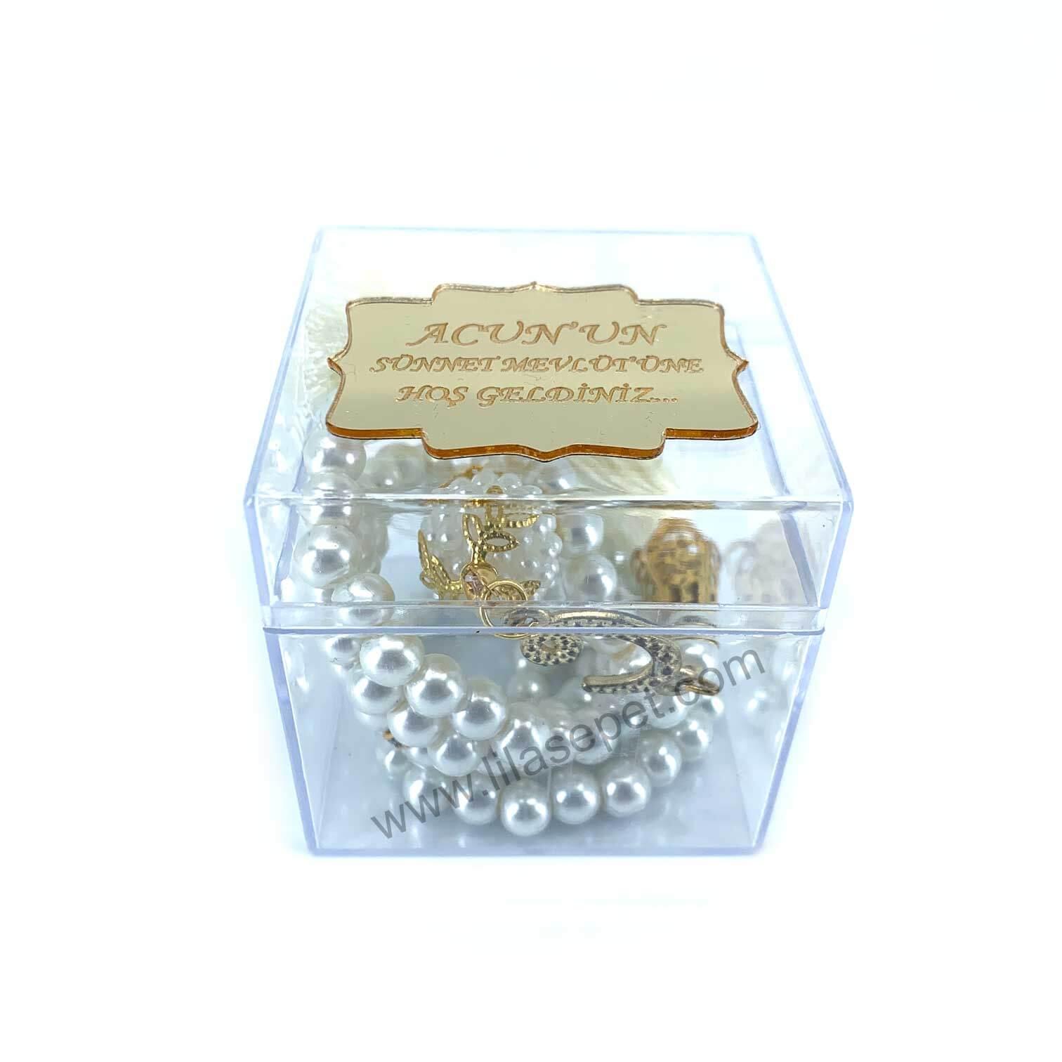 Ana Sayfa sari kare seffaf inci tesbih kutusu pleksi isim etiketli mevlut hediyesi